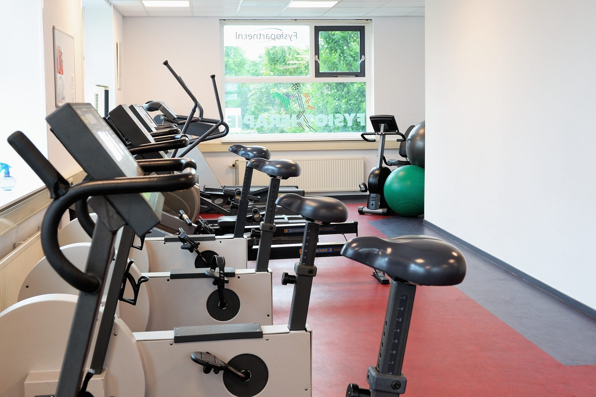 06ad1972f35a7f Sport- en Medisch Fitness